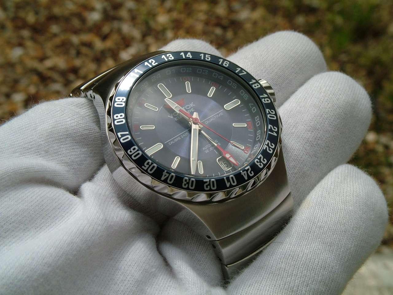 Поверхностный контакт часов с водой 30 м — 3 атм.